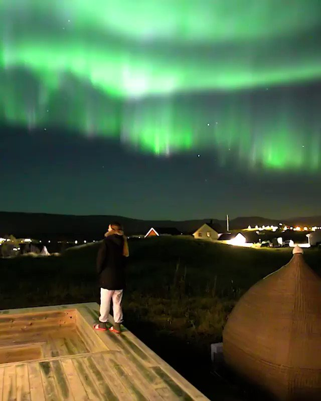 Under the Aurora Borealis in Norway.  via: @auroraborealisobservatory/IG https://t.co/M3E1snvIzA