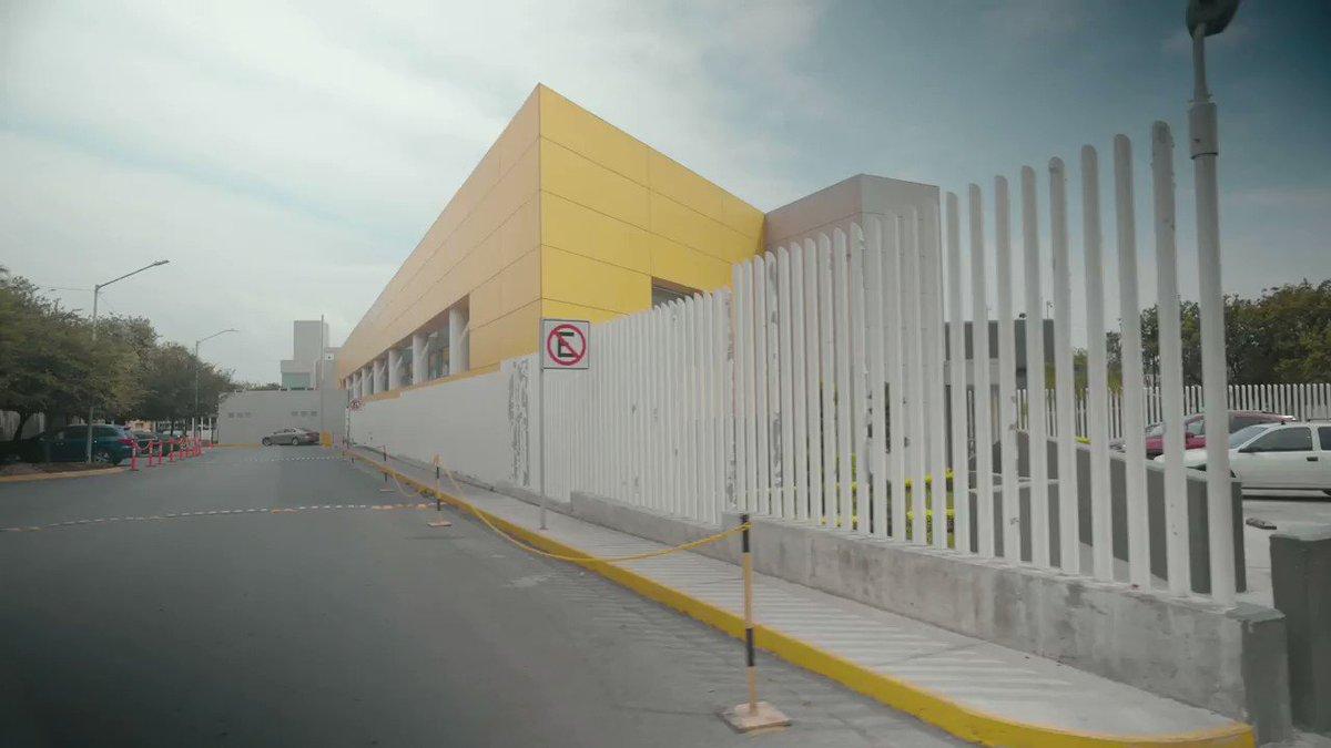 Estamos construyendo en Monterrey un hospital comunitario para atender pacientes con Covid-19. Tendrá una capacidad de 100 camas de hospitalización, y otras 10 camas de cuidados intensivos. Habrá más de 100 profesionales 24/7 y estará listo en los próximos 10 días. https://t.co/kcckw7HlcH