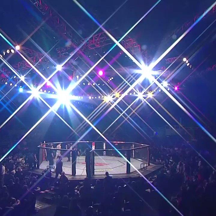 O Daniel Sarafian fez sua estreia na organização na segunda luta mais importante do #UFCSP, em 2013, e saiu derrotado depois de uma luta duríssima!  Relembre como foi no @canalcombate #EmCasacomUFC #HomeWithUFC https://t.co/QqjEfxokho
