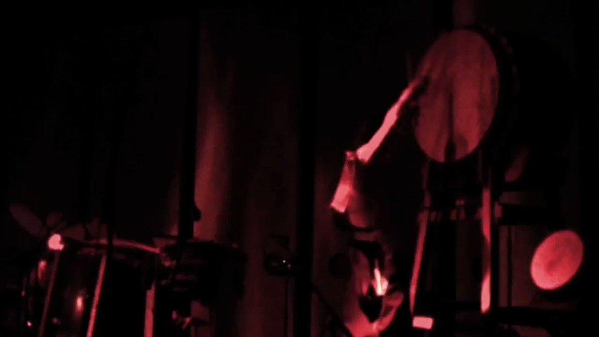 Image for the Tweet beginning: こちらは2015年石川智晶 2days LIVE「時代モノ艶歌〜好機到来VOL 2」 より「逆光」を。(過去アルバム特典映像の縮小抜粋したもの) 5年前かぁ。逆にUPできます。皆様急がずやって行きましょうね。#石川智晶