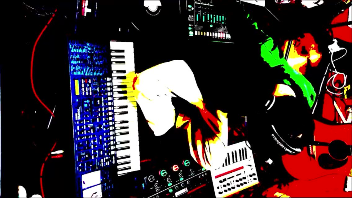 Stay home and get into space. #Ambient #Loop #Beatmake #Beatmaking #NewAge #Drone https://youtu.be/C5QFQuKz9wcpic.twitter.com/ludQx5SYEY