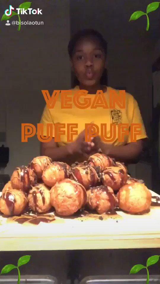 Vegan (Nigerian-style) puff puff  #TikTok 'Njoy pic.twitter.com/EpwfDBtZuG