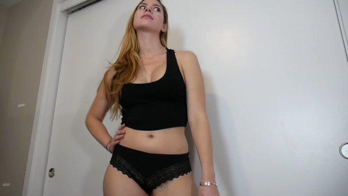 My Ass or Yours? #PEGGING #clips4sale https://t.co/c96U6HBwuG https://t.co/Jo4KjXnVBl