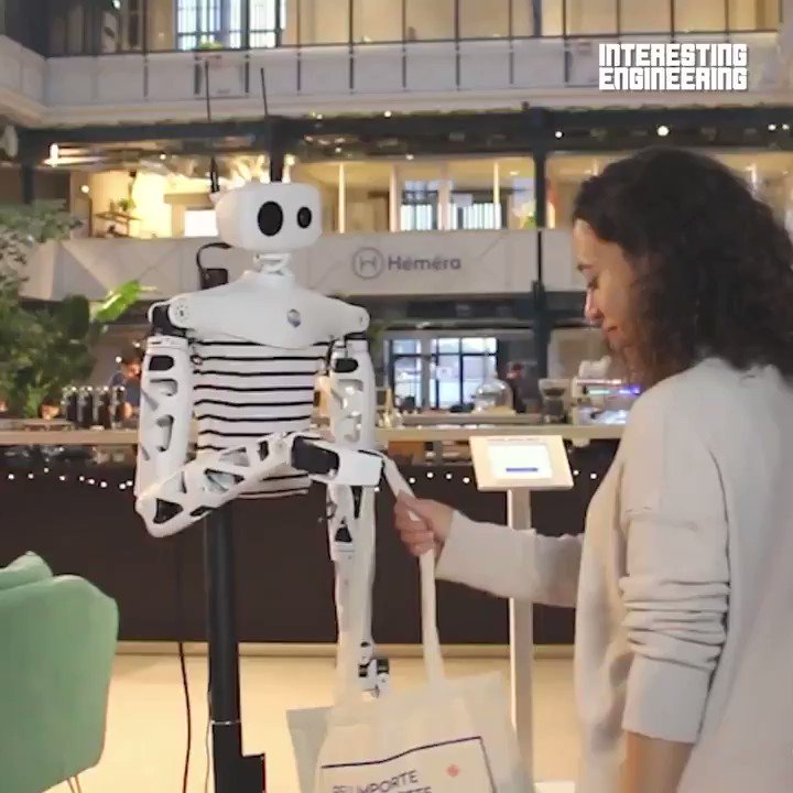 """This is Pollen #Robotics """"Reachy"""" an open source interactive #Robot with a human-like demeanour by @IntEngineering  #MI #Robotic #AI #Robots #Technology #ArtificialIntelligence #ML  Cc: @rajat_shrimal @MikeQuindazzi @Paula_Piccard https://t.co/O0F9IRICzt"""