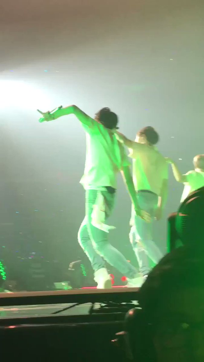there's no bad angles to hoseok's dancing