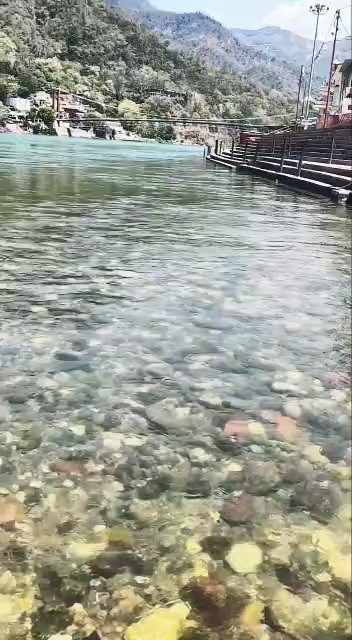 ガンジス川がこんなにも美しくなったなんて... https://t.co/s7ktKyTH1B