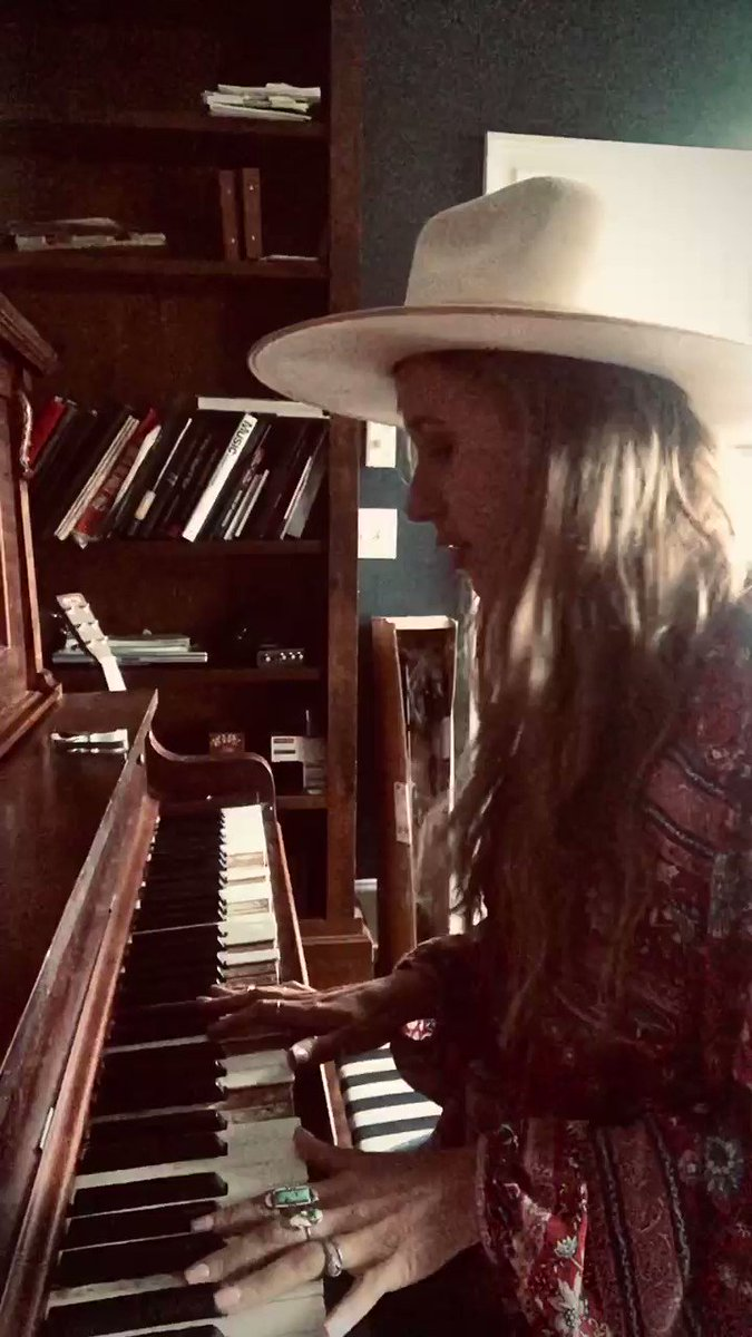 I won't lie y'all, I've had some dark days during this... cried tears of hopelessness & fear. I've had to lean on 2 things: faith & music. This old piano has been my companion thru a lot of difficult times & helped me pour out my heart in songs. Here's one I'm working on. ✨