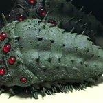 モキュモキュ動く王蟲のフィギアがキモカワで話題に