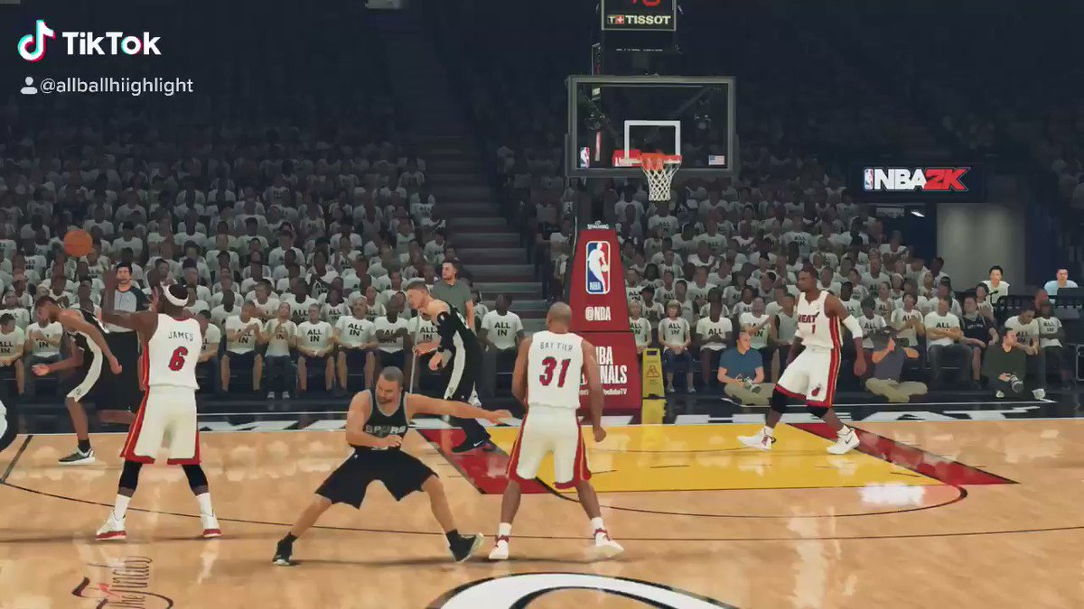 A recreation of one of the most memorable plays in NBA history #nba #NBA2K20 #nbamoments #nba2k https://t.co/XWSDHd3K7G