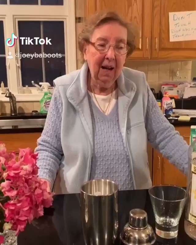 Thanks for the quarantini recipe, Nana! ICYMI check out Nana's video and in the thread for the recipe.  Video credit: @JoeyBaboots https://t.co/Tcq60oywST