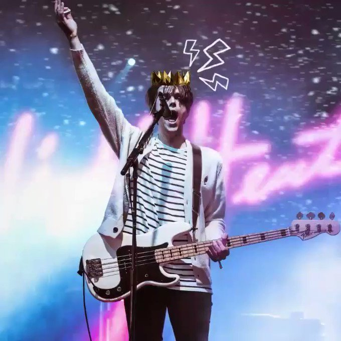 Selamat ulang tahun,    Happy birthday to our dearest Dallon Weekes!