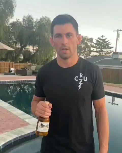 Cheers on Cinco De Mayo to all First Responders.  @modelousa & I want you to celebrate at home & raise a glass to everyone serving on the frontlines.   For every public post tagged with #CincUp on 5/5, Modelo will donate $1 to #FirstRespondersFirst  #ModeloPartner #Sponsored #Ad https://t.co/7dF3mKRrH6
