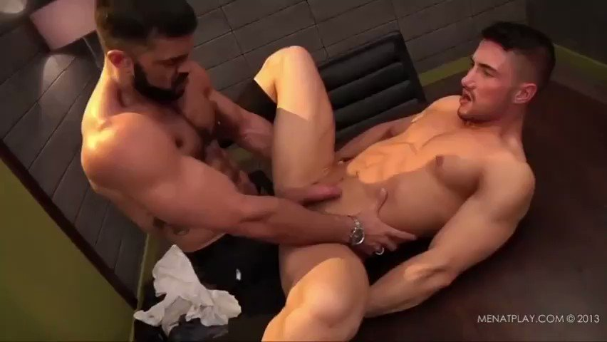 Horny Straight Guy Turns Gay