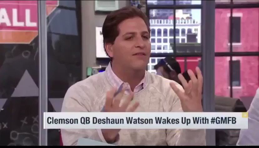 @deshaunwatson Deshaun Tried to warn yall about passing on him, now look 😴