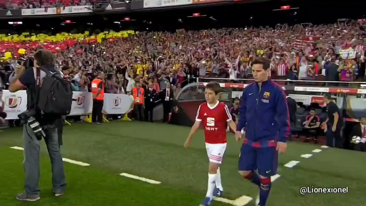 One of the greatest final performances in history. Messi destroyed Athletic by himself that day. #Messi #Barcelona
