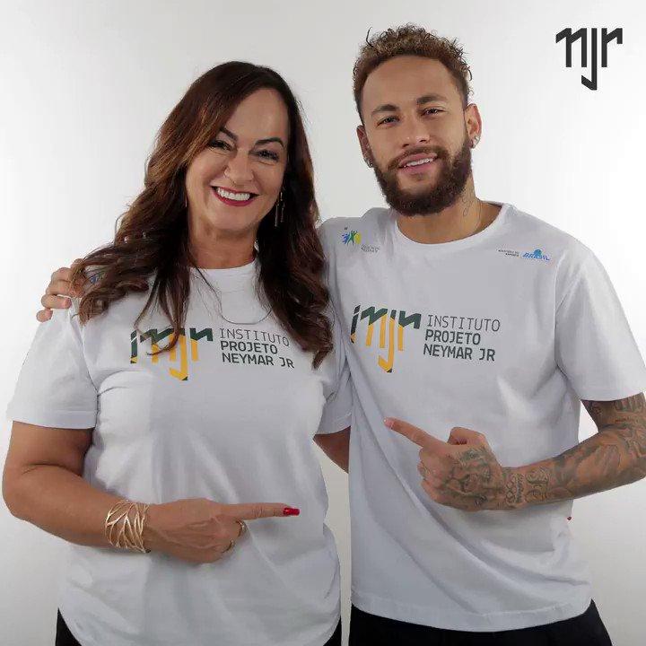 Feliz Dia das Mães! Essas mulheres guerreiras merecem todo amor e carinho sempre. Não importa se você está perto ou longe da sua. O mais valioso é o sentimento! ❤  #neymar #neymarjr #diadasmães #nadine https://t.co/loAqATF190