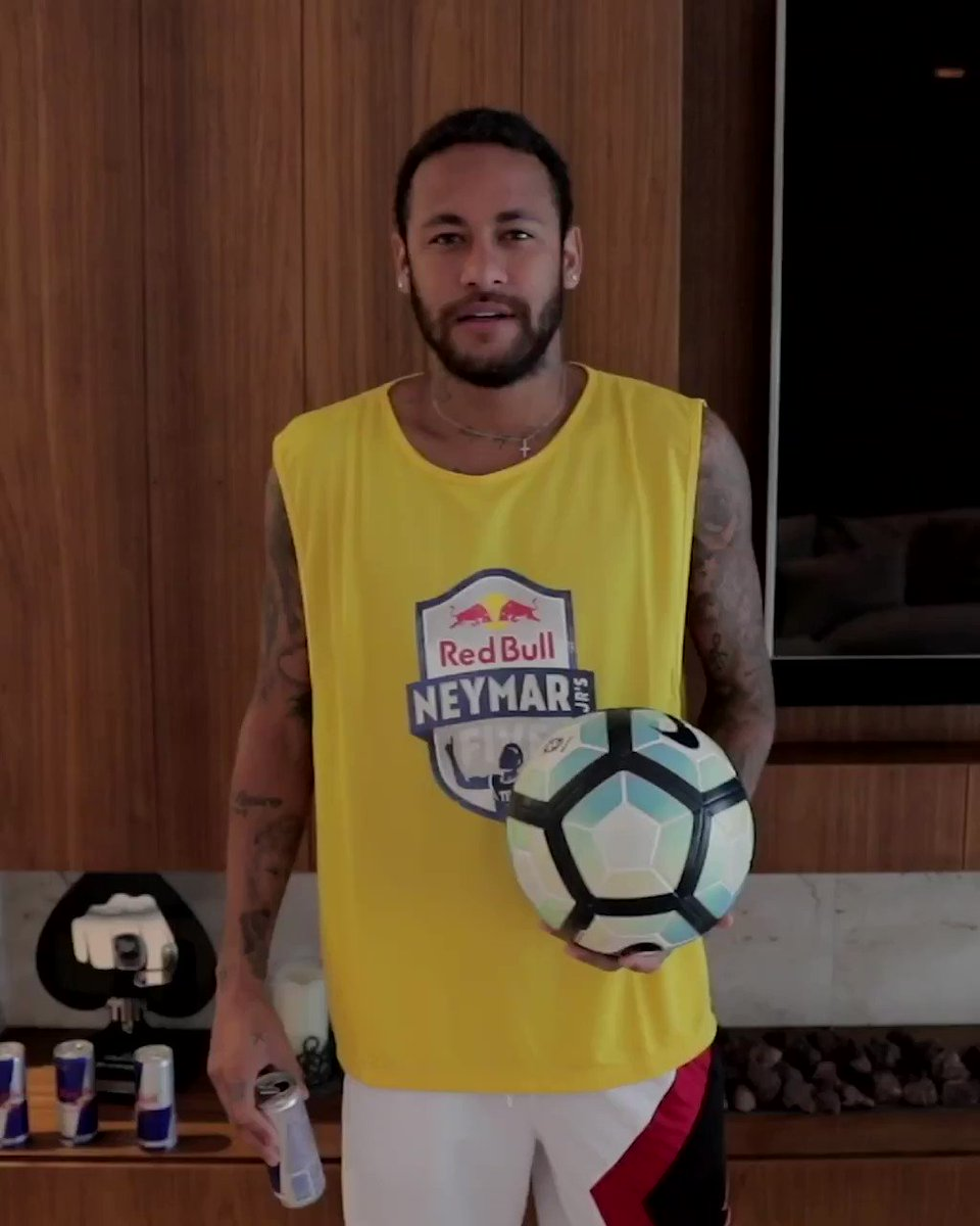 Always stay positive and always stay fit! 👊 This is how I keep myself ready for upcoming challenges 🔥 @redbull #RedbullNeymarJrsFive https://t.co/zSPnOEBYgi