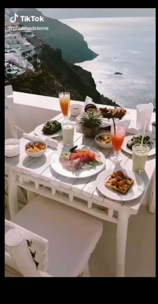 THE WISE WANT LOVE AND THOSE WHO LOVE WANT WISDOM. P. B. Shelley                  @pilotmadeleine #TikTok #santorini #greece #breakfast #pia #luxury #fyp #tiktoktravel #travelblogger   pic.twitter.com/OD5UowrMsz