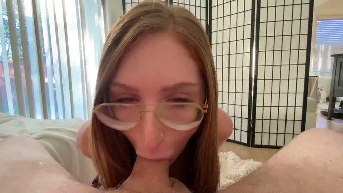 ✨NEW dreamy afternoon blowjob/handjob on my onIyfans✨ https://t.co/tvBLaicRH2