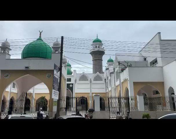Preservation of life precedes everything else in Islam. That's the reason Jamia Mosque leaders in Nairobi closed the mosque to its 5000 daily congregants at the onset of the #COVID19 pandemic. #Stay Home. Stay Safe. #KomeshaCorona