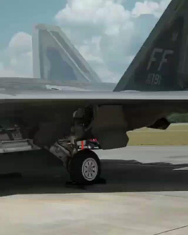 F-22 Raptor is running APU...✈ . . #electronicsdiy #warplane #usa #f22raptor #f22 #raptor #loockhed #gooxtechnology #martin #lockheedmartin #f16 #5th #generations #fighter #virginia #stealth #army #force #engineeringjobs #warsaw #bomb