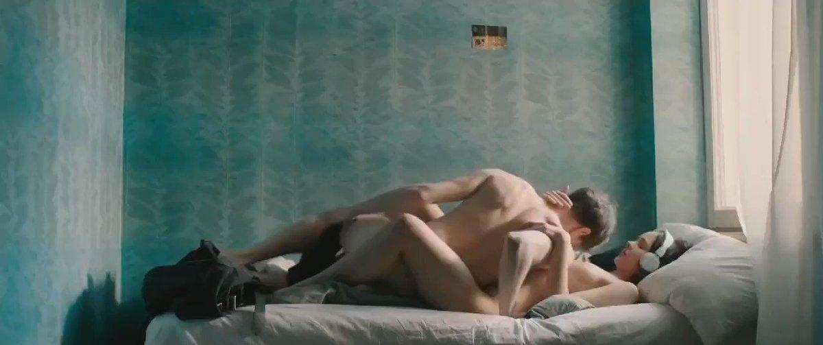 🇹🇷 𝐀𝐥𝐥𝐲 Kiss 🇹🇷 120K - İkisi de ilk defa sex yapiyor😛 Film adı linkte...  ⏬To watch full movie ⏬ ♥️👉https://t.co/jChjI27ahA