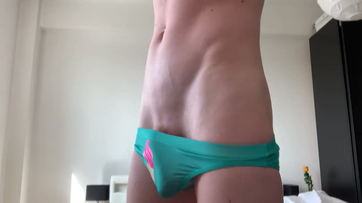 my porn videos in the link😍 onlyfans.com/davidsix