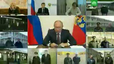 «Развели канитель бюрократическую. Я что, поручал часы считать какие-то?». #Путин отчитывает чиновников за задержки обещанных выплат медикам, которые работают с COVID-19 pic.twitter.com/3Y4nbEMZYq