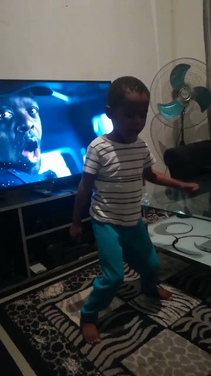 @akreana_ #KeaDrive help me to share this free dance moves from my boy 😜