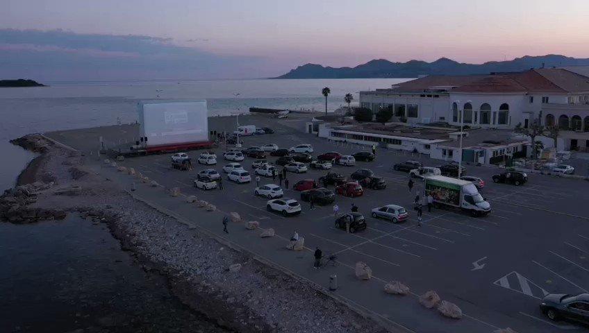 🔴 En direct du plus beau #CinéDrive du monde... À Cannes, capitale du cinéma ! #PalmBeach #CotedAzurFrance