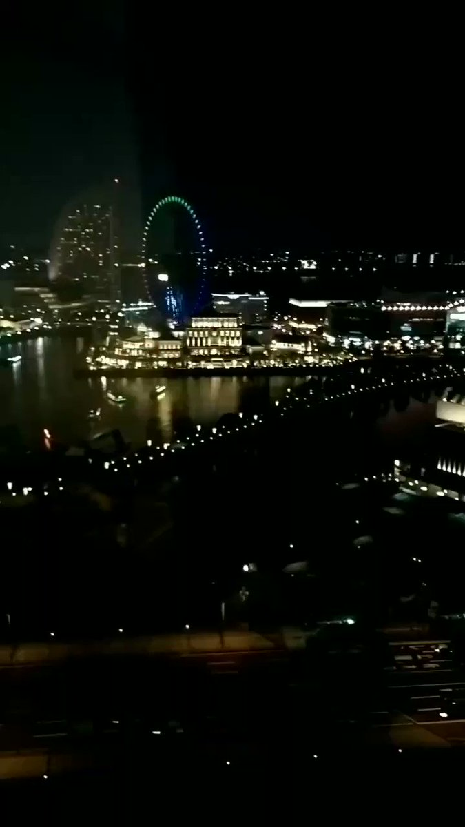 #japan #yokohama Even if you look at this scene, you will never get tired of it, the night in the town of Yokohama pic.twitter.com/qsMZDe4CRm