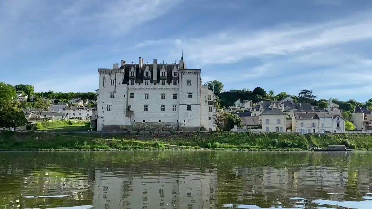 Image for the Tweet beginning: #loire le château de Montsoreau