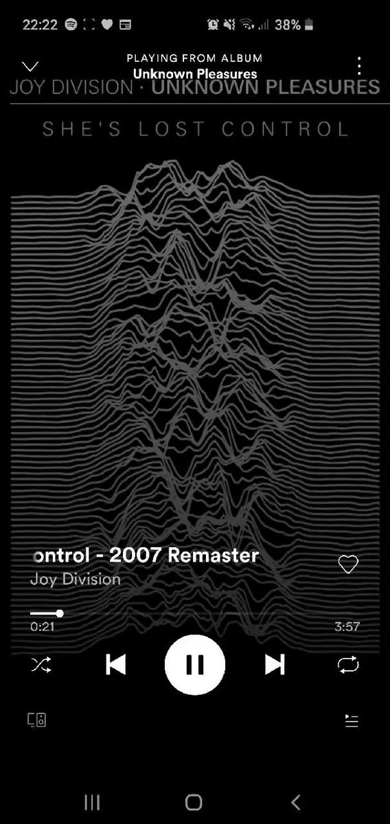 Absolutely mind blowing and spine tingling. What an absolute brilliant song. #TimsTwitterListeningParty  #TimsListeningParty #JoyDivision #ShesLostControl #UnknownPleasures pic.twitter.com/SBvRbE0N3i