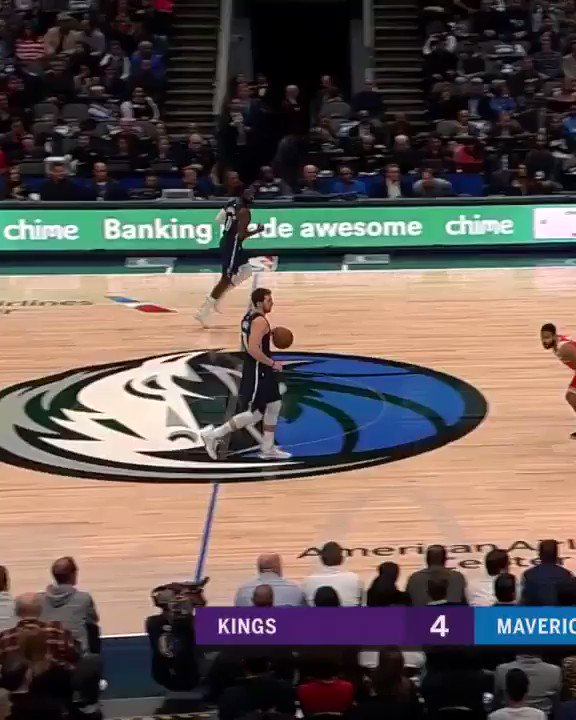 Luka puttin' the moves on 'em #MFFL https://t.co/WIV8bbUP6F
