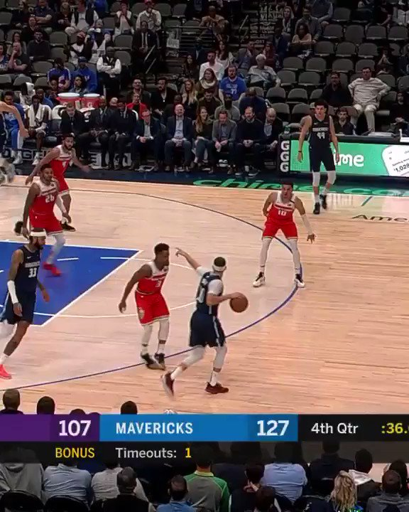 Let's face it, this was THE highlight of this game.   #BobiContent #MFFL https://t.co/8XuucPU89d