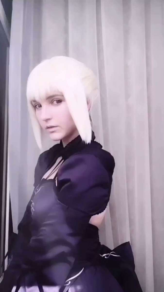 Do you want to pick me in #FateGO like your Servant, Master?   #cosplay #cosplaygirl #kawaiigirl #FateGrandOrder #Saber #artoriapendragonpic.twitter.com/aImO30VScH