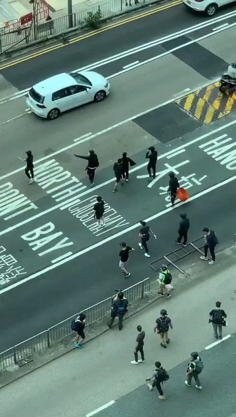 I have just tweeted several videos of #HongKongProtesters showing their true colours today, in Causeway Bay.  What do you see? I see #mobs of #thugs , #rioters , #criminalspic.twitter.com/S6GcLqmCwR