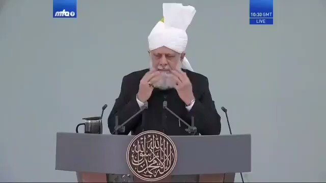 What else do we need. A khalifa who speaks to the whole world on that blessing day.  Eid Mubarak to everyone.   #NolifewithoutKhalifa #Ahmadiyya pic.twitter.com/HEd9iqdHl4