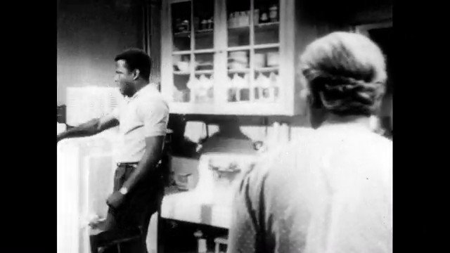 """A clip from the movie """"A Raisin In The Sun"""", starring Sidney Poitier, Ruby Dee, and Claudia McNeil (1961). https://t.co/htuHyZL8FP"""