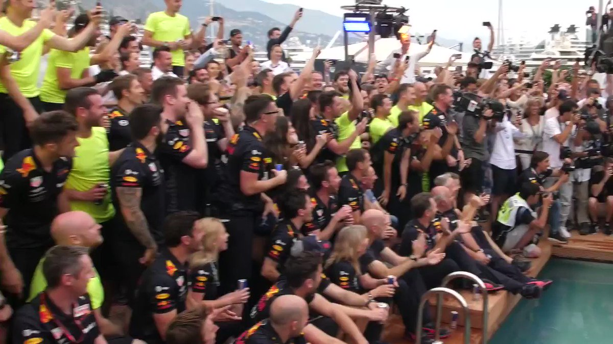 🏎️ That closes out a weekend of racing at Monaco! 🏎️  💦 Timeless celebration by @danielricciardo and @redbullracing. https://t.co/4bGPyLFAVv