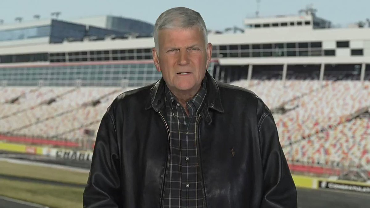 And now for our invocation from President & CEO, Billy Graham Evangelistic Association & Samaritan's Purse, Franklin Graham. 🙏 #CocaCola600