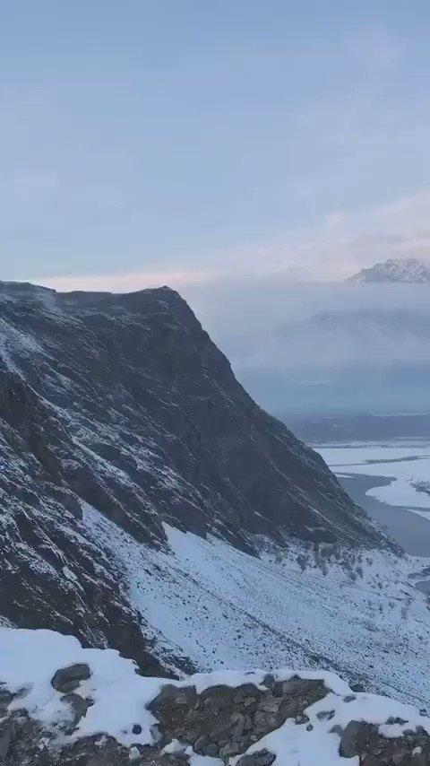 "#IncredibleIndia 🇮🇳  #Skardu Baltistan - #POJK , An integral part of India. . . . . ❗  "" First snowfall of the season From Kharpocho Fort "" . . . . . 👍 https://t.co/ukYXhVxjHh"