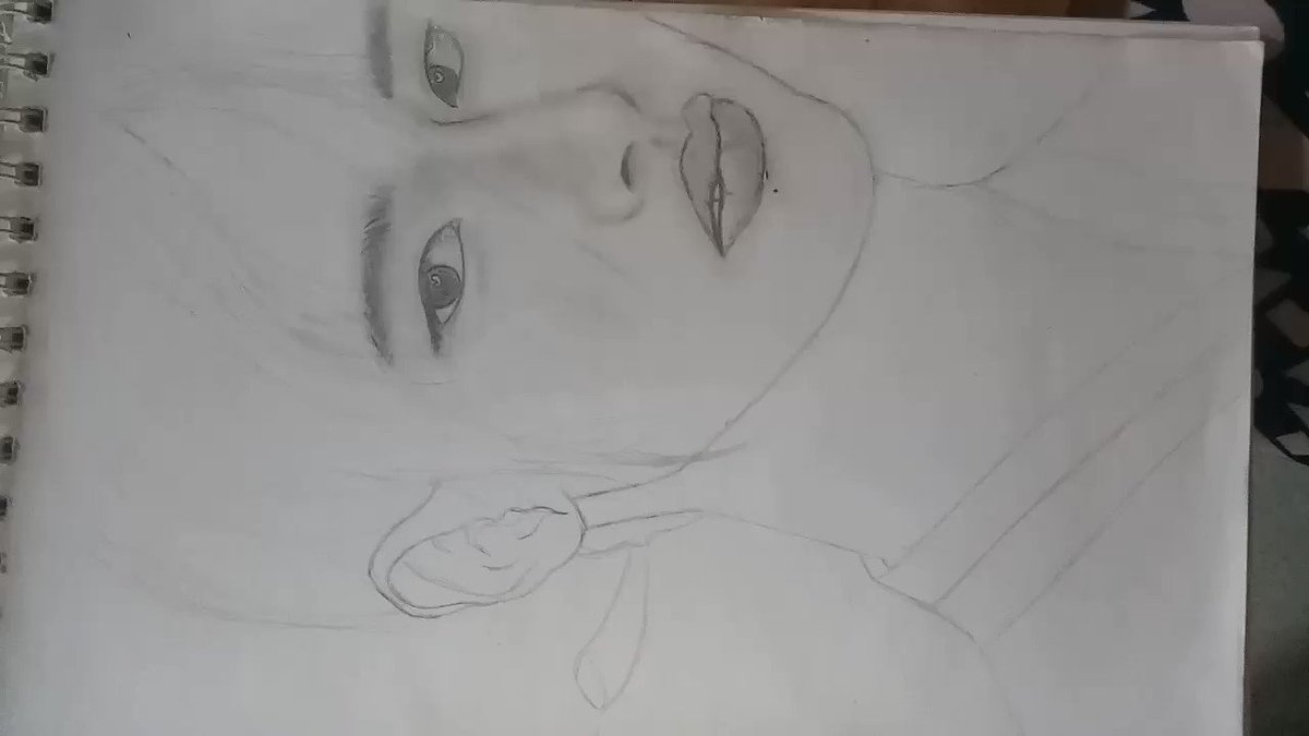 Practice sketching.... #bored pic.twitter.com/VBFeXrbiN3