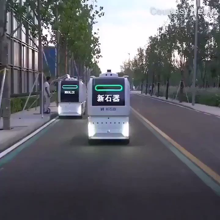 Ready to jump onto the #future with #selfdriving vending #machine  #lastmile #delivery #IoT #AutonomousVehicles #citylife  #DigitalTransformation #design #Engineering #SmartCity #MachineLearning #future #ArtificialIntelligencepic.twitter.com/S611Hwzu31