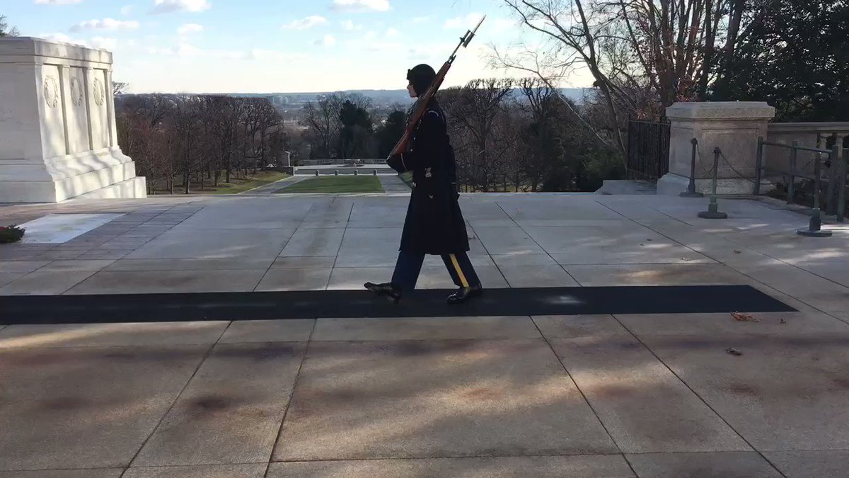 """The Tomb of the Unknown Soldier"" @ArlingtonNatl — Dec '17 🇺🇸"