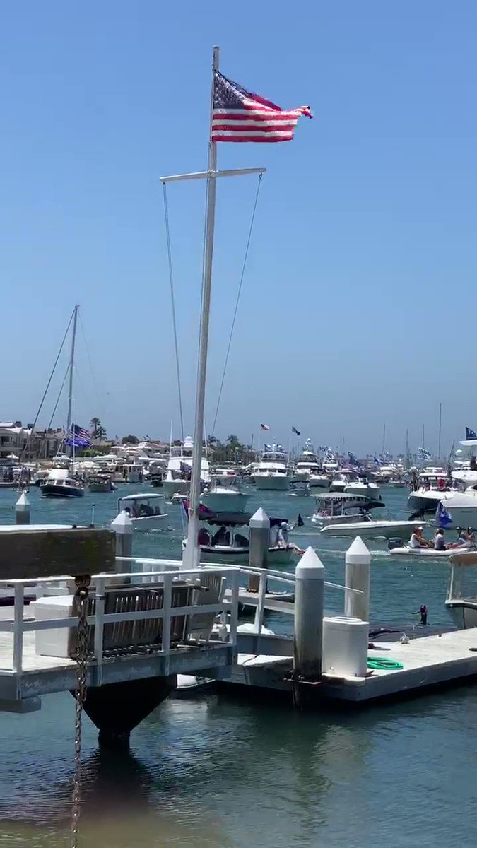 Today in Newport Beach California 🏖 .@DanScavino .@realDonaldTrump #TrumpBoatParade #MAGA🇺🇸