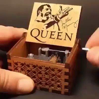 Always on my heart... #queen #MusicBox pic.twitter.com/fWRCZHRhvV