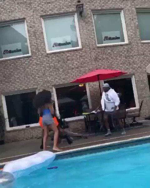 What would you do? 🤦🏾‍♂️ https://t.co/HKPyoVqBZP