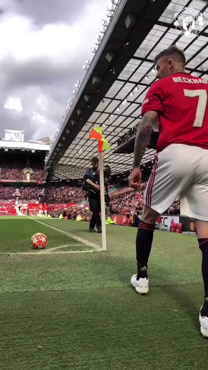 We'll never get tired of watching this 😍  #MUFC https://t.co/OjTmCvUh7k