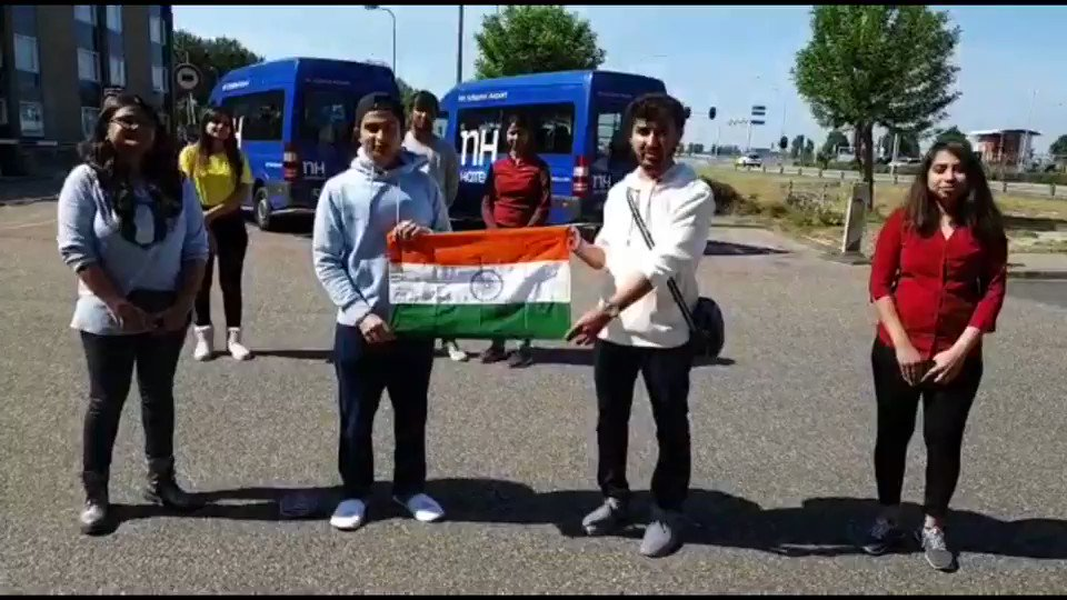 The Indian Nationals who were stranded in Amsterdam the past two months thanking Indian Embassy for the support & assistance in flying them back to India 🇮🇳 #VandeBharatMission #IndiaFightsCorona @MEAIndia @DrSJaishankar @venurajamony @PTI_News @DDNewslive @IndianDiplomacy